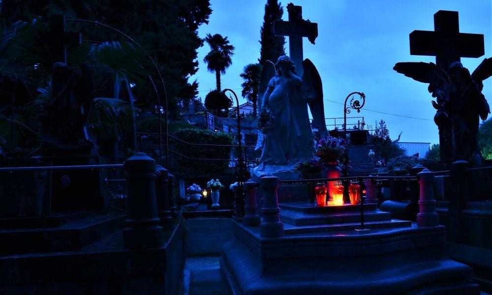 groblje, svi sveti, paljenje svijeće