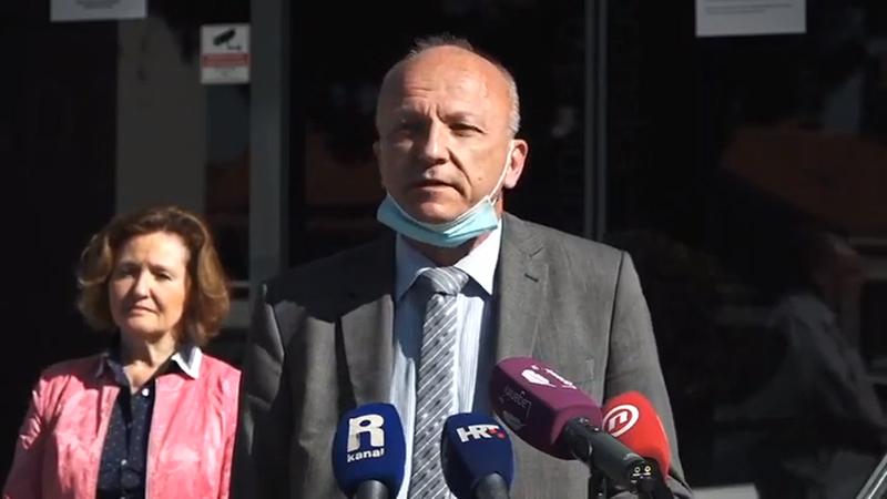 Vladimir-Mićović-press