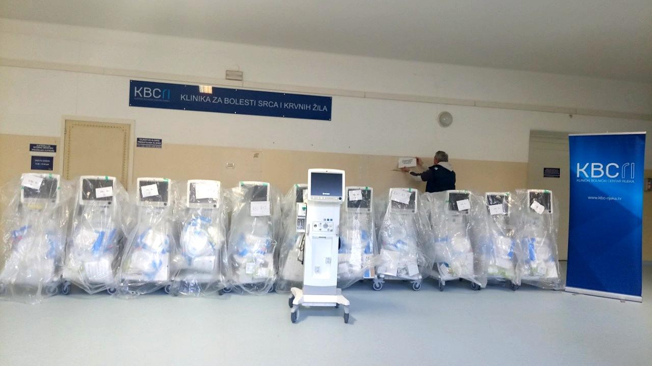 Novi respiratori u KBC-u Rijeka (4)