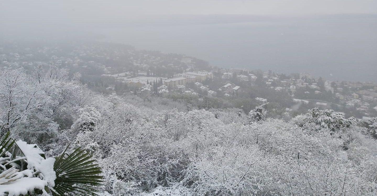 snijeg travanj